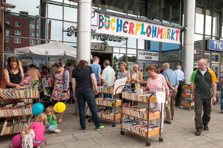 Flohmarkt an der Stadtbücherei Alsdorf